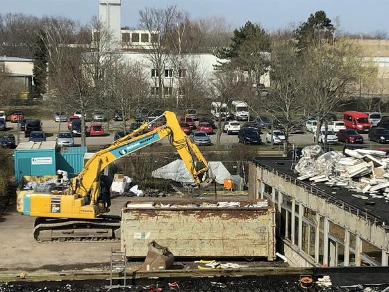 Der Abriss geht voran- Neues von der Baustelle